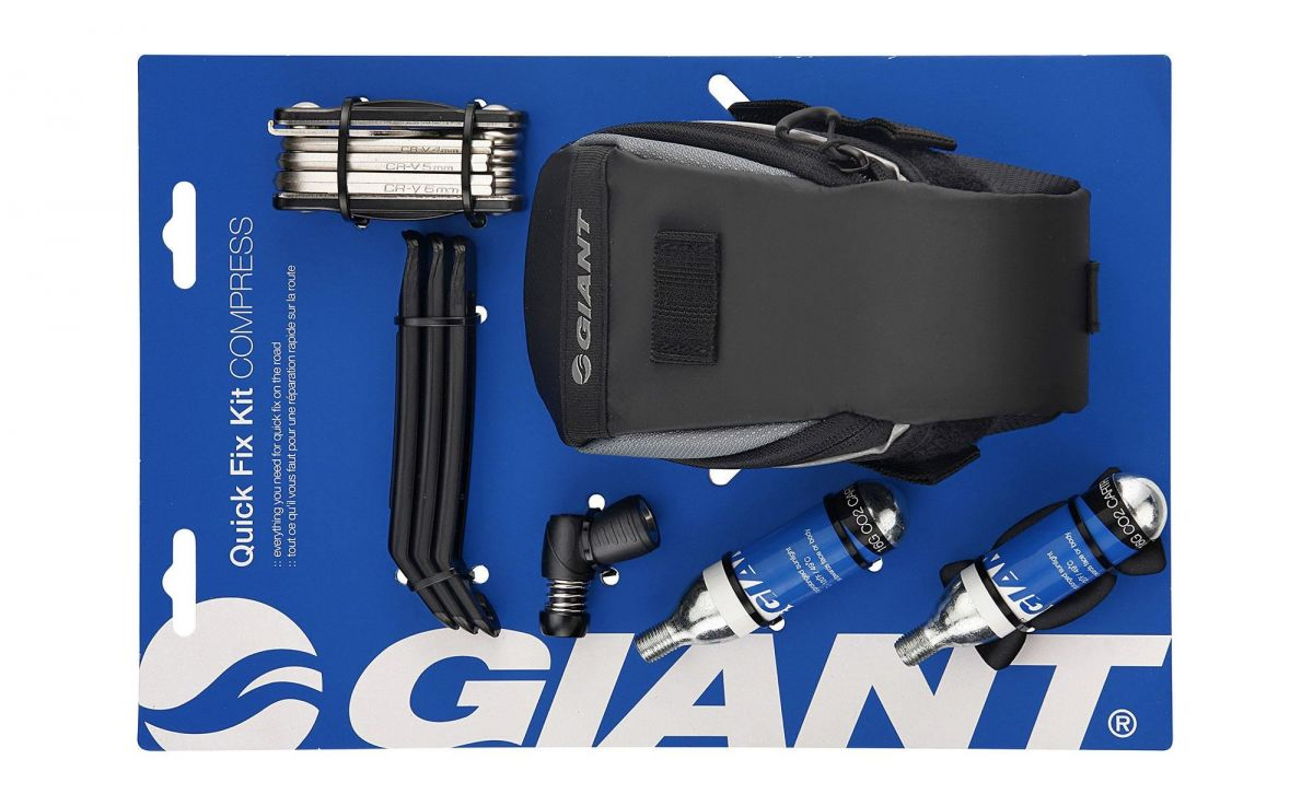 GIANT QUICK FIX KIT COMPRESS